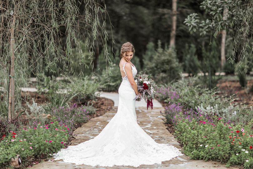 The bride | Mychelle Levan Photography