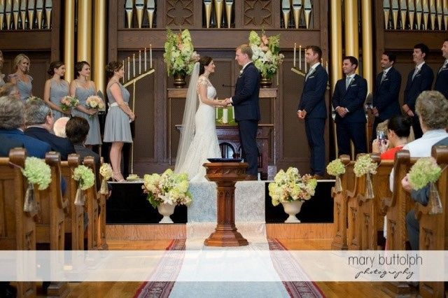 Tmx 1449499871823 Skaneateles Country Club Wedding Photographer 022p Auburn wedding florist