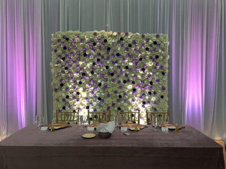 Head table and flower wall