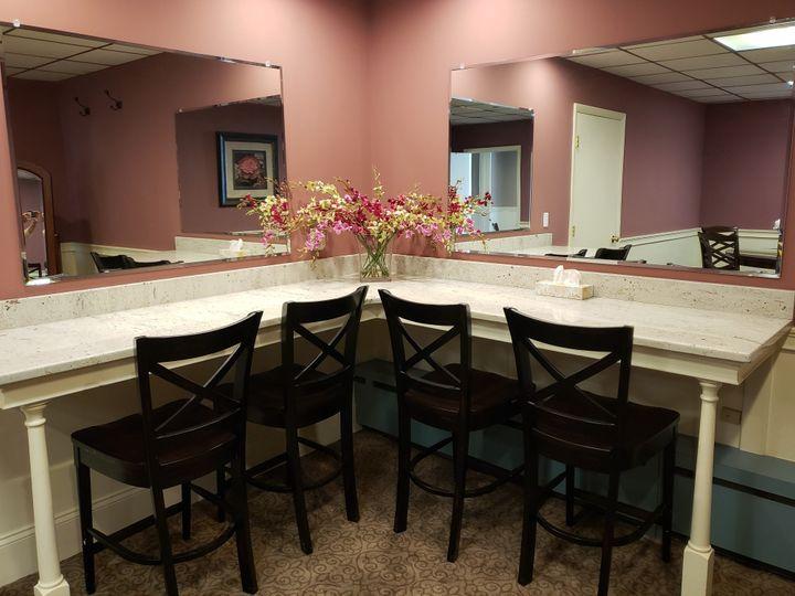 Tmx Bridal Suite Mirrors 6 51 127236 158939820684492 Sutton, MA wedding venue