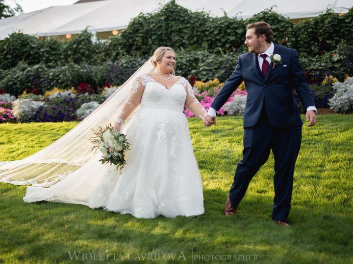 Tmx Couple In Front Walking 51 127236 160493778686233 Sutton, MA wedding venue