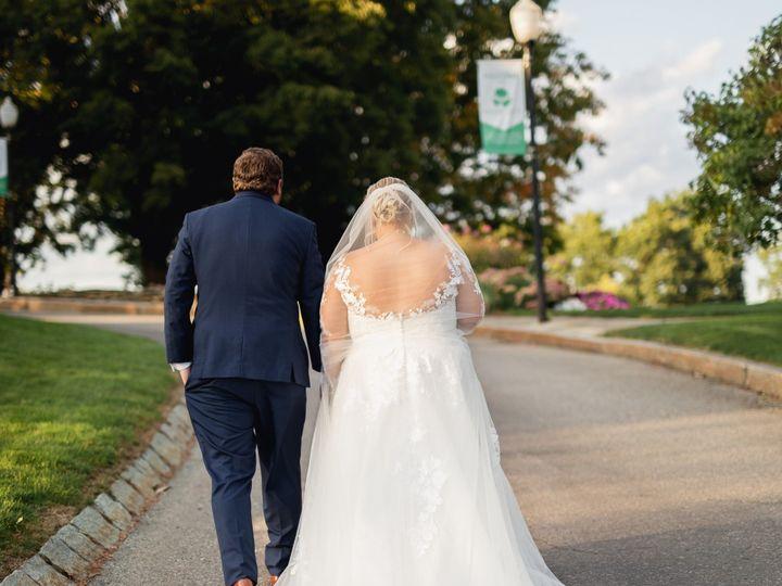 Tmx Couple Walking Away 2 51 127236 160493821939683 Sutton, MA wedding venue