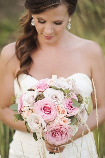 800x800 1413907935122 flowers by janie calgary and canmore wedding flori