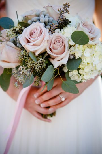 800x800 1413908017050 bridal bouquet flowers by janie calgary wedding fl