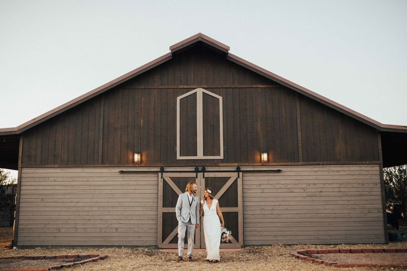 Couple photo by the barn