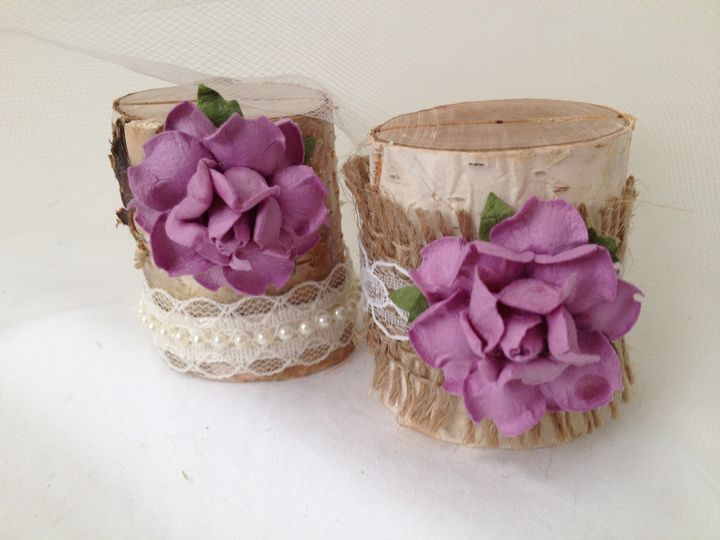 A lovely lilac country garden! These are so pretty on the table and they do a fantastic job bringing...