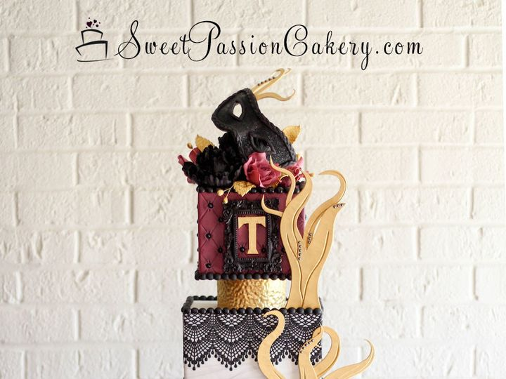 Tmx 1502191524392 Masqueradecake1 Warren wedding cake