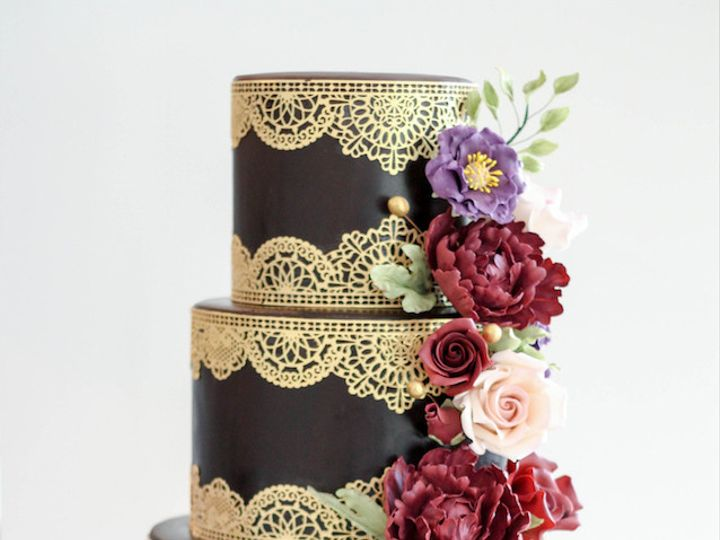 Tmx 1502191530551 Goldlacecake Warren wedding cake