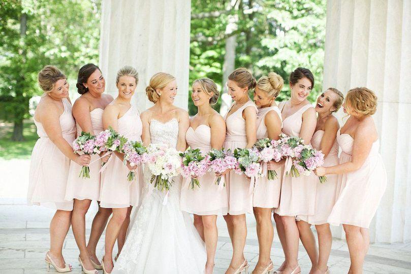 16 pink eastern market racing presidents shark tank star wedding 7 jpg optimal 51 691436