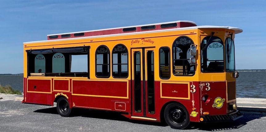Classic Trolley - seats 28