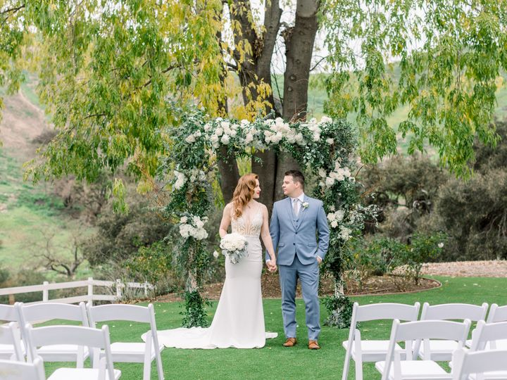 Tmx Frontceremonycouple 51 1014436 Agoura Hills, CA wedding venue