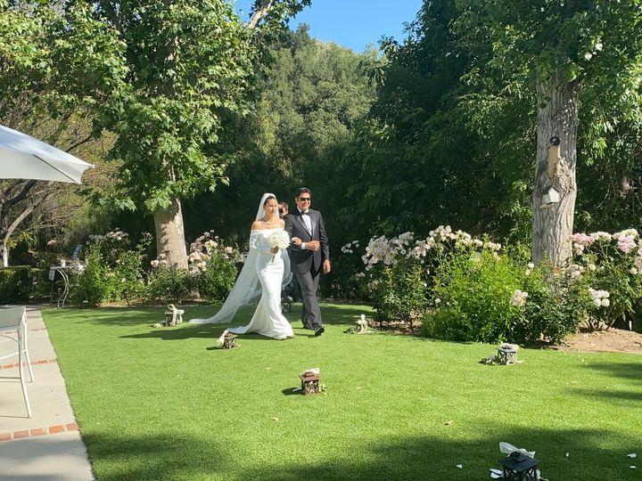 Tmx Walking With Father 51 1014436 159077464625166 Agoura Hills, CA wedding venue