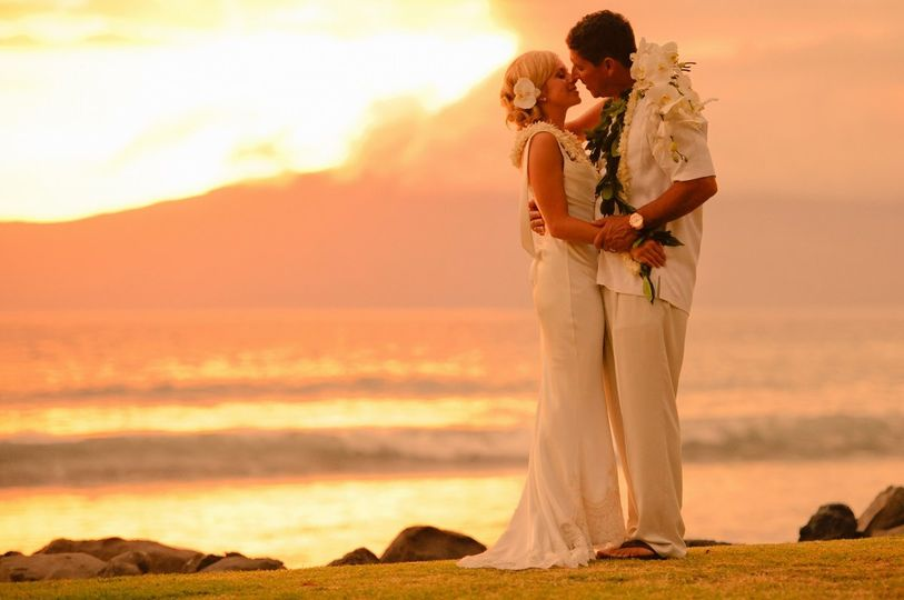 RomanticHawaiianmarriagehoneymoon