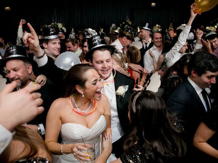 Tmx 1531925757 E41a43e379e6cf43 1531925755 66186b1683a7cc66 1531925729172 7 LILLY PHOTOGRAPHY  Saint Paul, MN wedding band