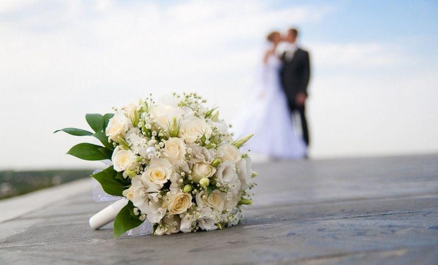 9b20d732dbdf9090 1444867227037 bride and groom