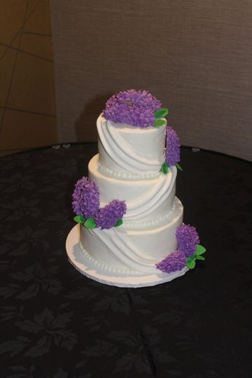 wedding cake liliacs 51 142536 v1