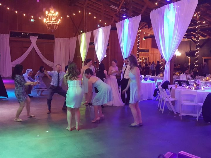 Tmx 20170408 210313 51 169536 1565582735 Everett, WA wedding dj