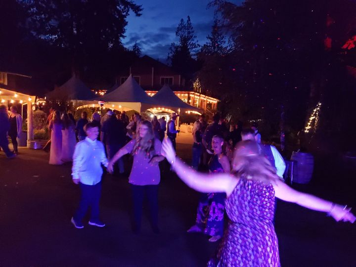 Tmx 20180908 201848 51 169536 1565582696 Everett, WA wedding dj