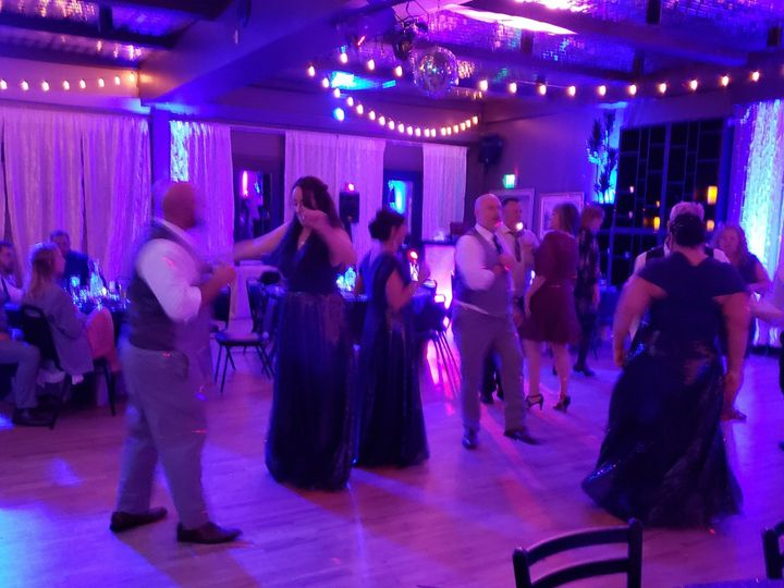 Tmx 20181006 203235 51 169536 1565579272 Everett, WA wedding dj