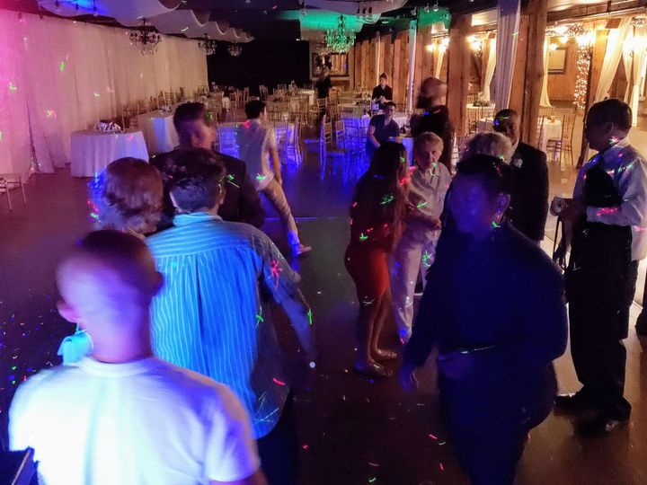 Tmx 20190804 225415 51 169536 1565579307 Everett, WA wedding dj
