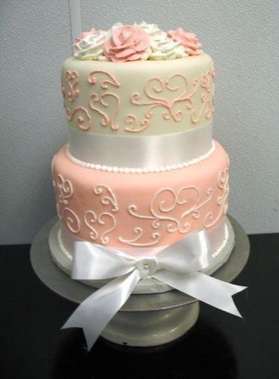 600x6001242763803994peachfondantcake