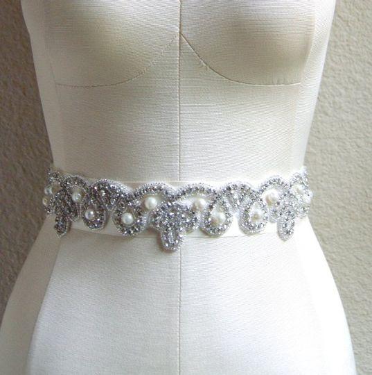Venust bridal dress attire fort worth tx weddingwire for Vintage wedding dresses fort worth