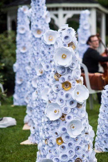 3ca997b438f2e040 1515612839 17a19af75698aef5 1515612831470 15 paper flower tree