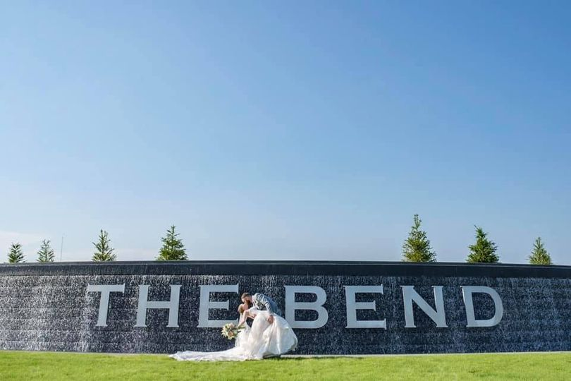 Weddings at The Bend!