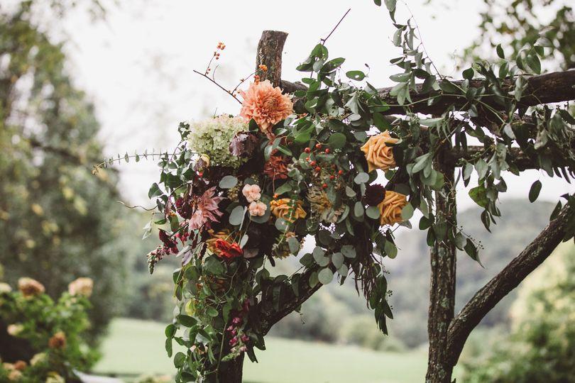 cf61595b09cb4441 1520346152 838ec650235cc055 1520346141985 4 Sundara Weddings V