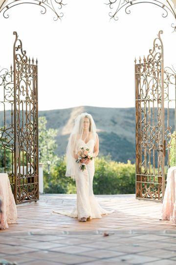 Brilliant Wedding Co. - Bride
