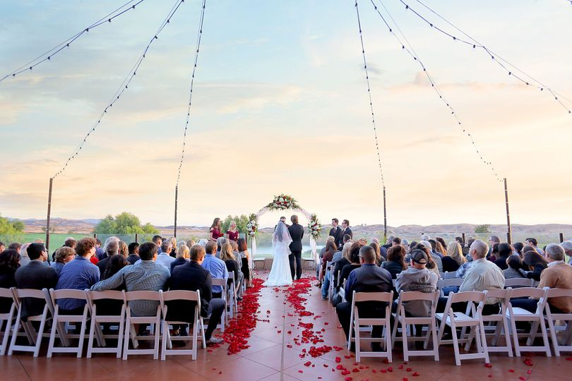 Beaumont, CA Weddings in the sunset
