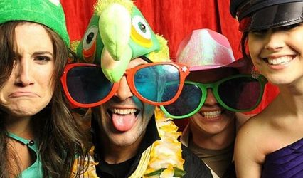 Let's Goof Photo Booth / Emy Smith Photos 1