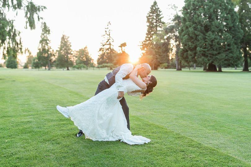 amanda meg photography eugene wedding shadow hills golf 178 of 212 51 552836 1569516699