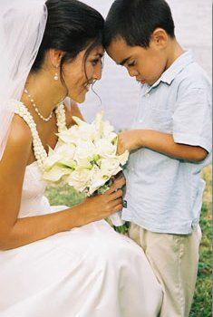 Hawaiian Weddings, kaneohe Oahu, Hawaii www.anthonycalleja.com