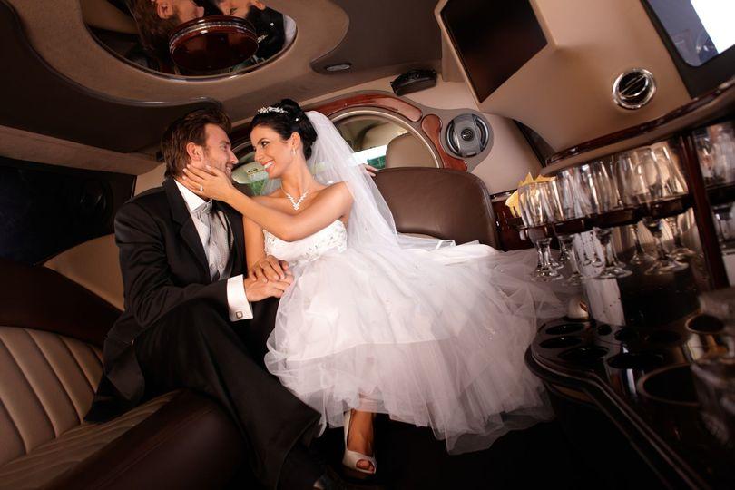 74cdefc33ef15ab4 1510077872045 wedding