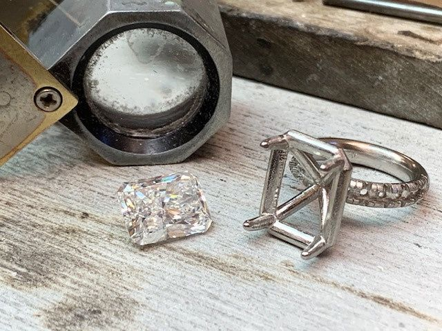 Tmx Img 2623 51 94836 158032566851741 East Providence, Rhode Island wedding jewelry