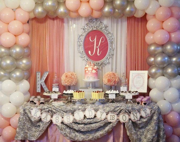 Newlyweds' cake table