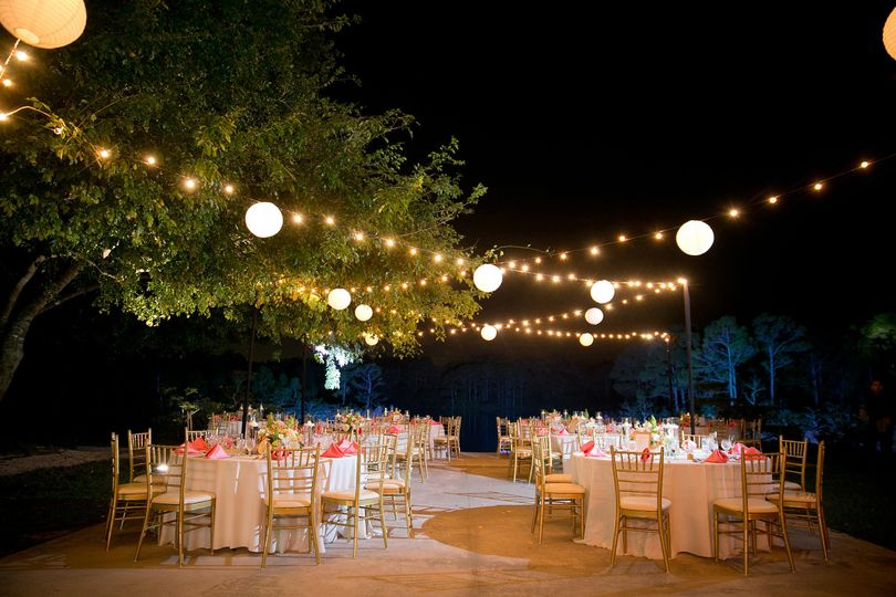 Cream weddings