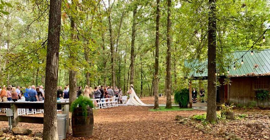 Rustic Oaks Weddings & Events