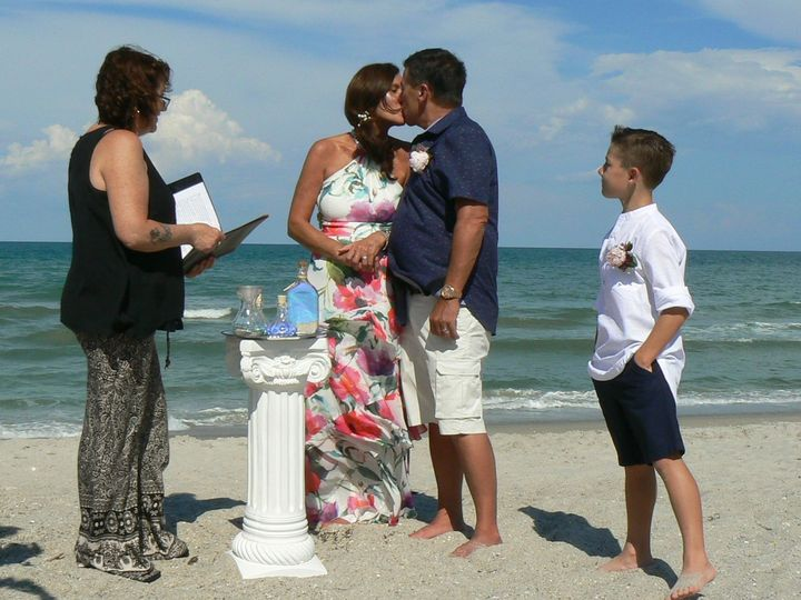 Tmx 1533136484 559eb2dd5e36fa9b 1533136482 88c01970ff25594f 1533136479379 4 P1080255 Titusville wedding officiant