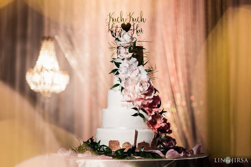 Wedding cake with ascending flowers