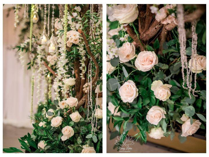 Tmx 1531850684 93fa8c6e124f2aae 1531850683 B4cf609d2168cad6 1531850681224 1 Sophie   Joe 2 Tampa wedding florist