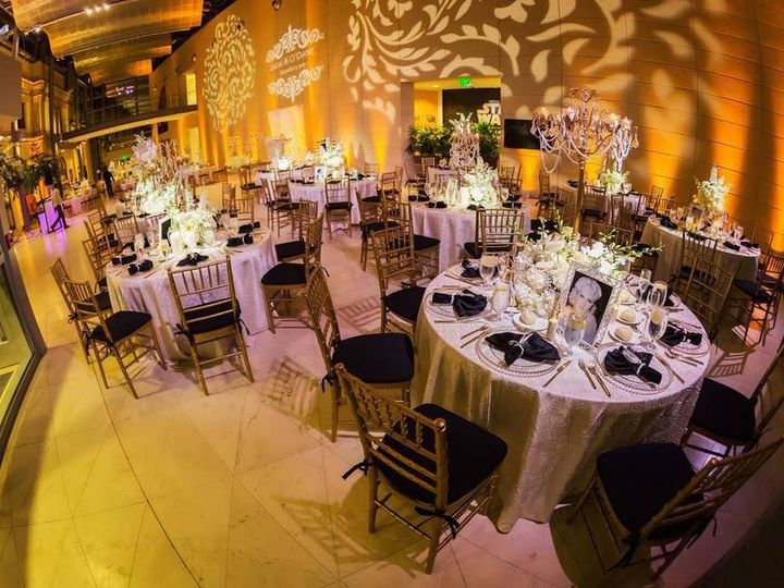 Tmx 1534966287 Eb22d32ebe6fa20c 1534966286 3ce4fc2f06f2e491 1534966285646 4 Jada4 Tampa wedding florist