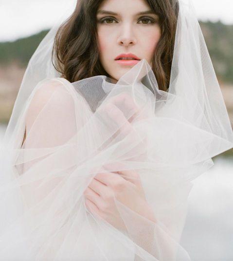 fda746447b0a47a5 jose villa bride