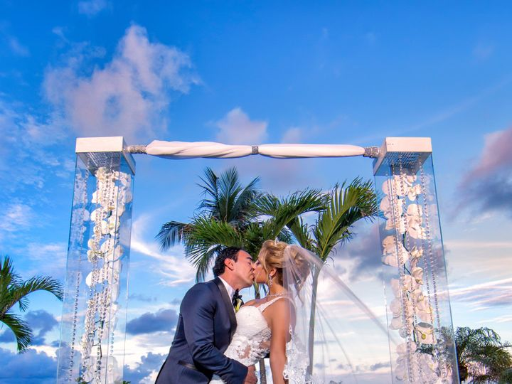 Tmx Aop 1839 51 129936 158923252911864 West Palm Beach, FL wedding beauty