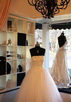 Tmx 1344776008777 939e109f75b34a249d49f62f9a56778a Wayne wedding dress