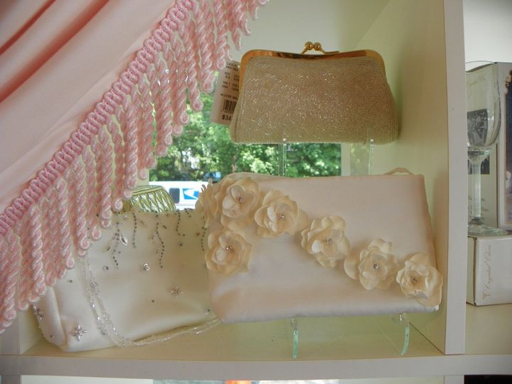 Tmx 1344776236535 Purse1 Wayne wedding dress
