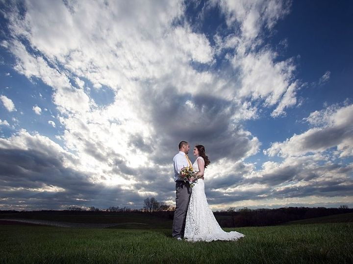 Tmx 1528825352 6264bd69f0fa8cdb 1528825351 693c182ed318614a 1528825335762 9 Linganore LexiB Ke Frederick wedding planner