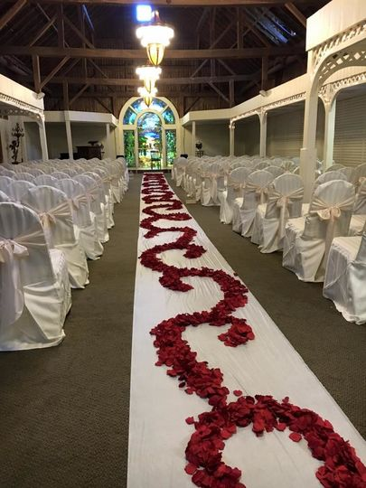 The aisle and petals
