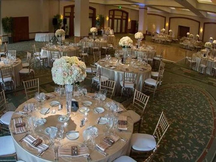 Tmx 1521119815 9fec46bc562db799 1521119813 Ac1c3af5280bb243 1521119799199 6 CTVW Silver And Wh Boston, MA wedding venue